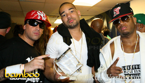 ru1 dj envy and red cafe
